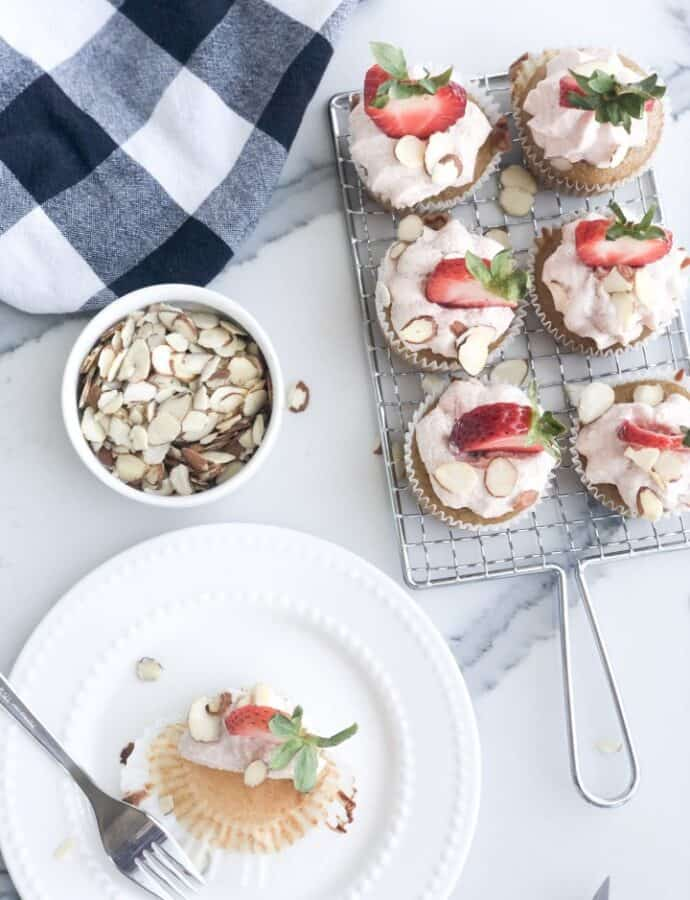 Paleo Strawberry Frosting And Vanilla Cupcakes