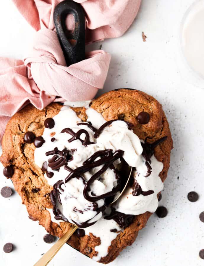 Vegan Skillet Cookie (Paleo, Gluten Free)