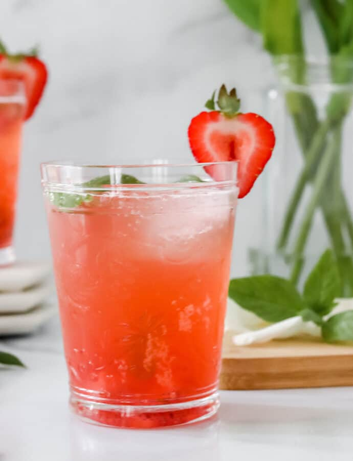Strawberry Basil Mocktail (PALEO/AIP)
