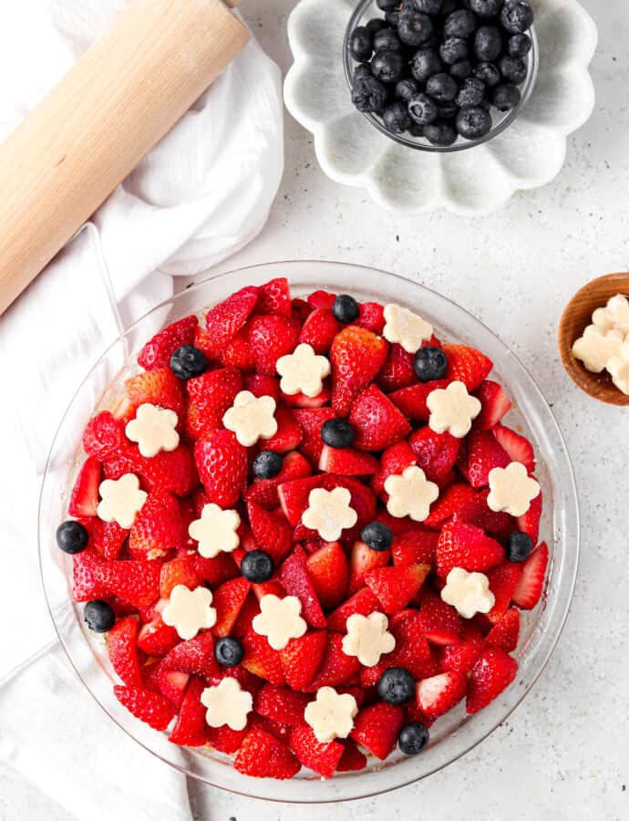 AIP Pie Crust With Berries (Paleo, Egg Free, Allergy Friendly)
